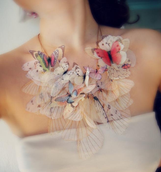Ожерелье в пастельных тонах от Jewelera.