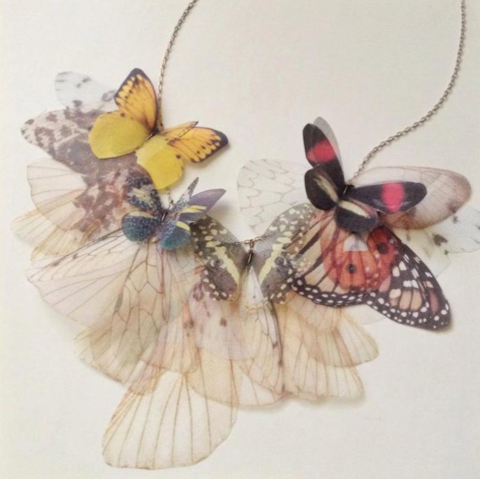 Каждая деталь имитирует крылья настоящих бабочек.