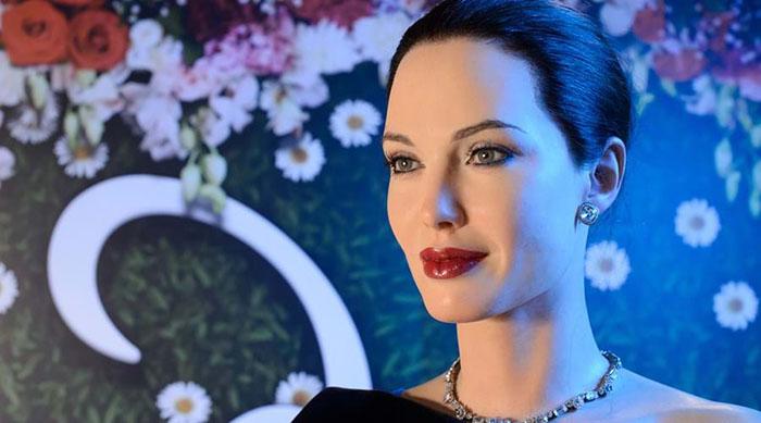 Статуя Анджелины Джоли в лондонском музее мадам Тюссо.