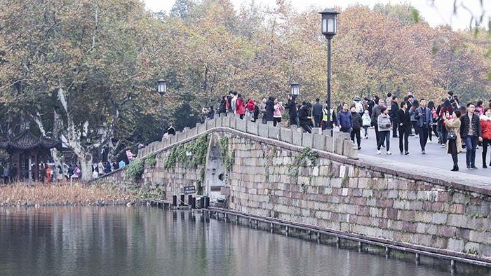Сломанный мост в Ханчжоу.