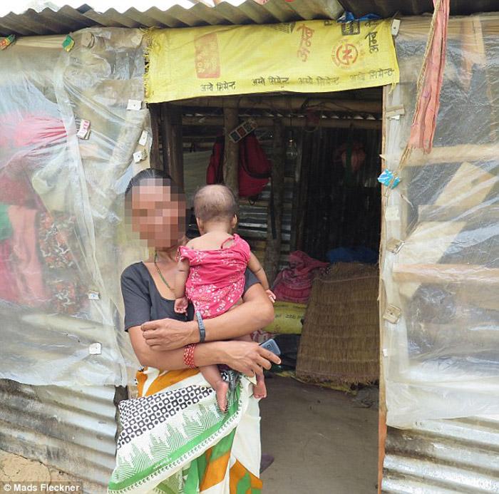 Гита, мать четверых детей, продала свою почку, чтобы купить новый дом.