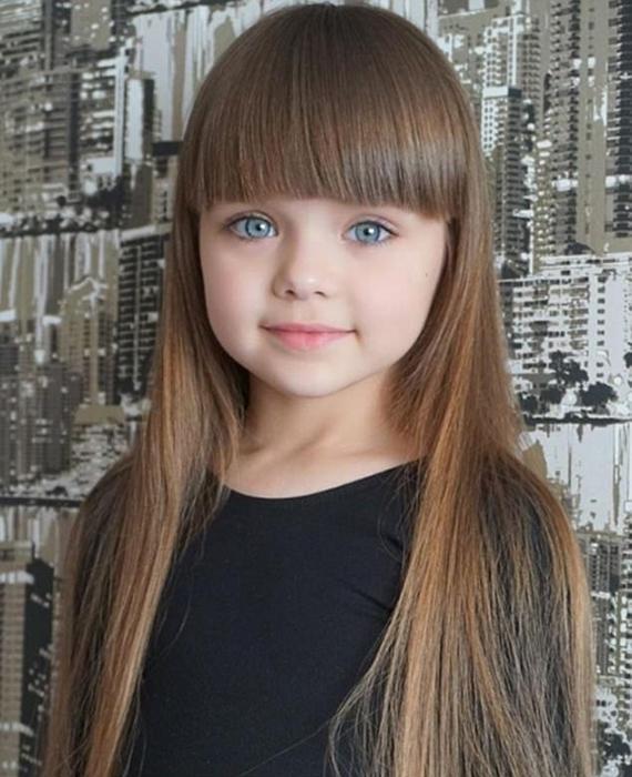 Мама Насти регулярно публикует фотографии дочери с 2015 года. Instagram anna_knyazeva_official.
