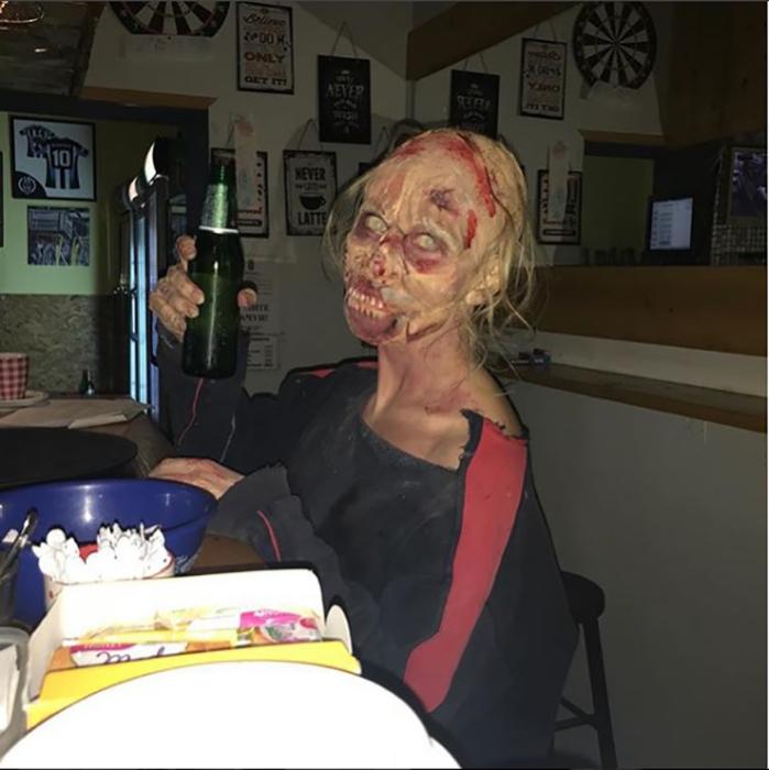 Образ на Халлоуин.  Instagram kikastudio.