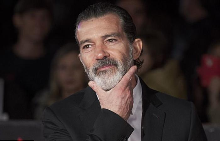 Антонио Бандерас (Antonio Banderas).
