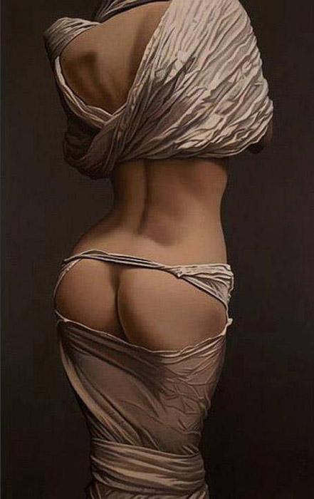 Обнаженная фигура на темном фоне. Автор: Willi Kissmer.