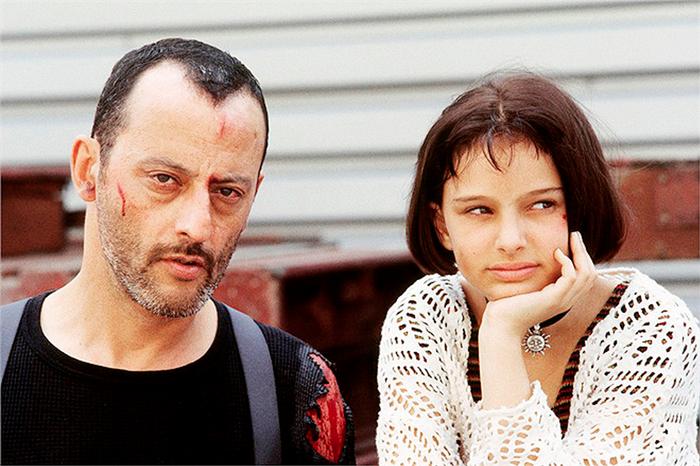 Жан Рено и Натали Портман на съемках фильма *Леон*.