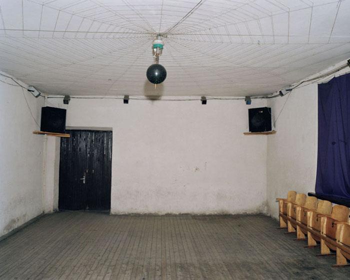 Для дискотеки достаточно просторного зала и диджея с музыкой.  Фото:  Andrew Miksys.