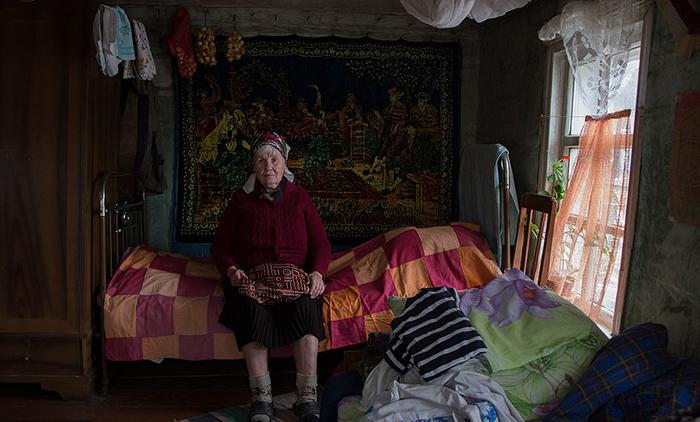 Людмила Вячеславовна, или как она сама себя называет - Люська, - последняя жительница деревни Толоконниково.