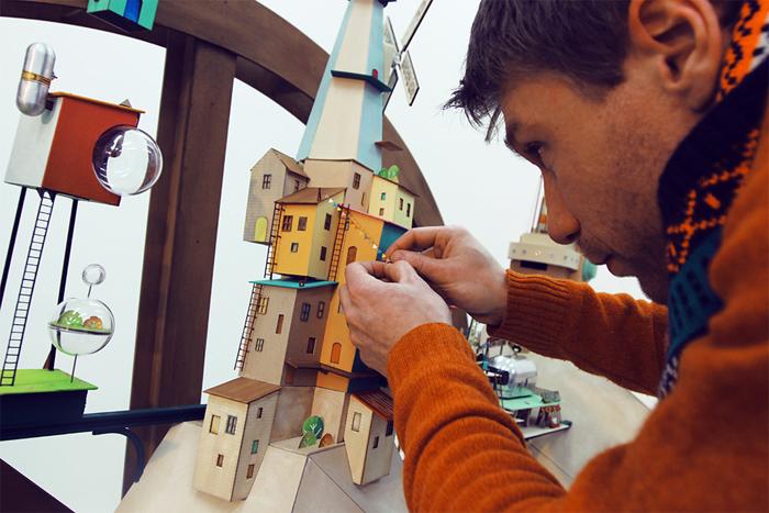 State of Play: новая видеоигра с бумажными декорациями.
