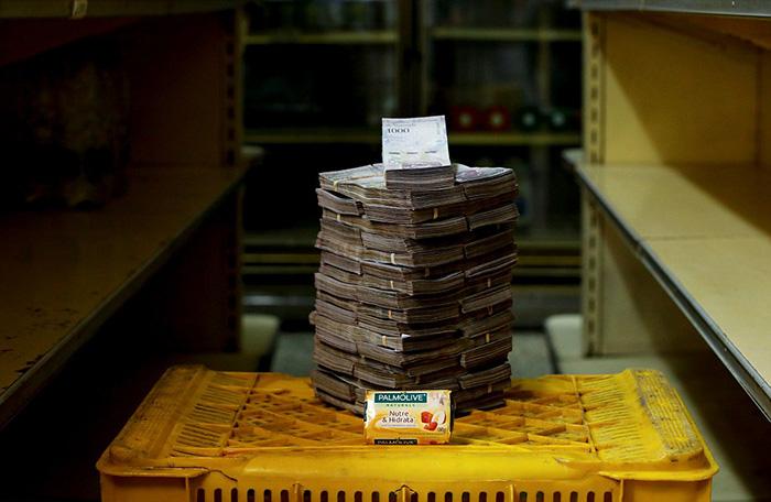 Один кусок мыла в Каракасе обойдется в  3 500 000 боливаров.