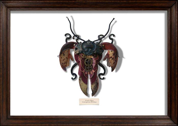Из предметов, которые бы другие выбросили в мусор, Марк Оливер создает удивительных жуков.