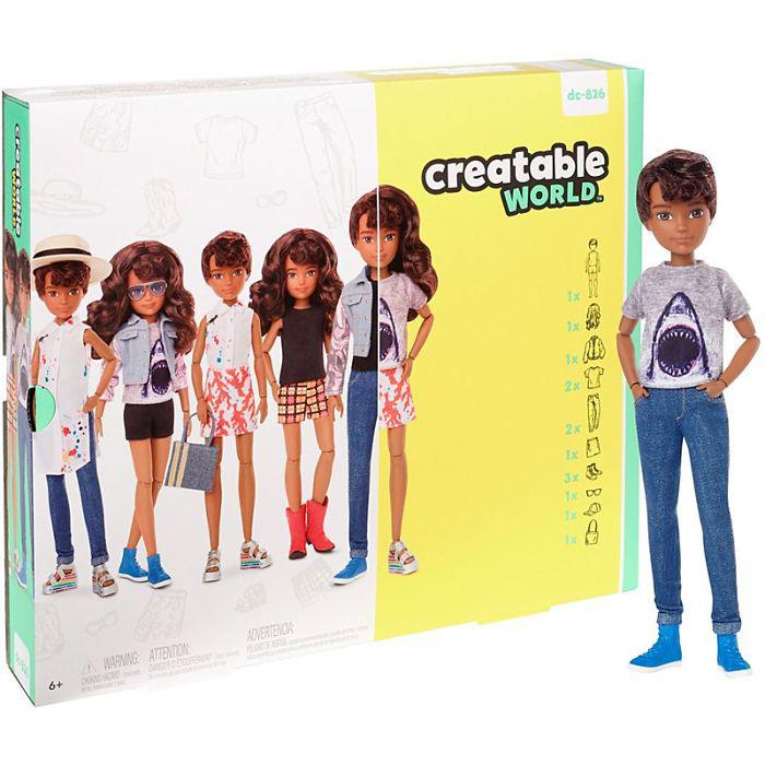 Одна кукла - огромное количество образов.