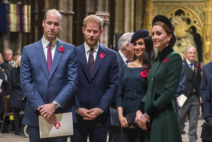 Журналисты постоянно публикую слухи о королевской семье и обсуждают возможные ссоры между братьями или их женами.