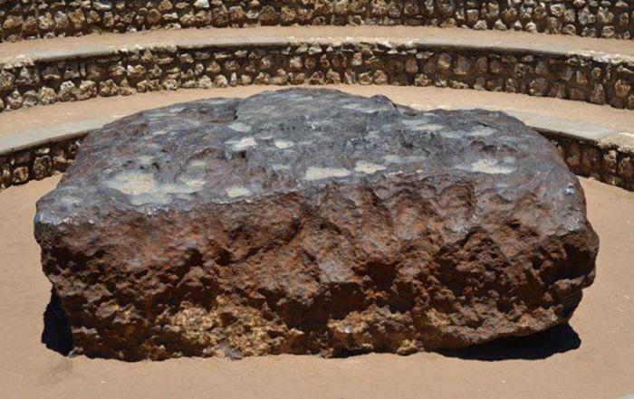 Самый большой метеорит на Земле.