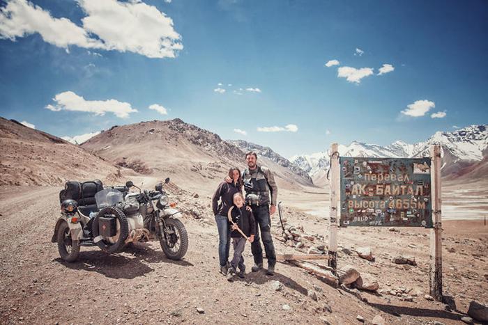 Ак-Байтальский перевал в горах Памир, Таджикистан. Высота 4655 м. Instagram bizoo_n.