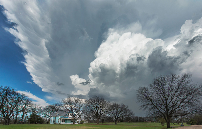 Белые облака над Техасом.