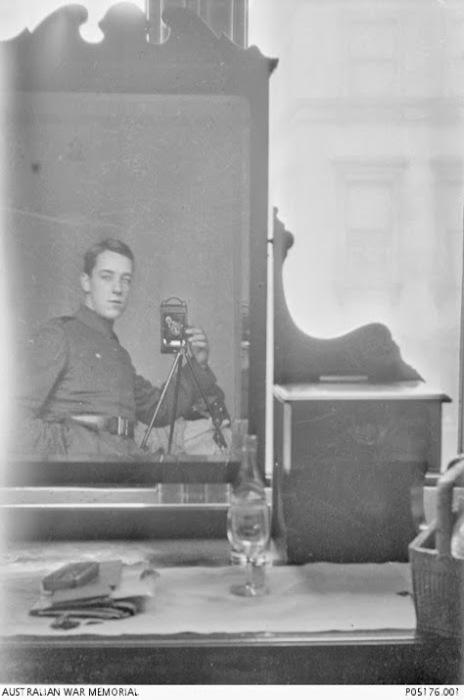 Солдат Томас Чарльз Ричмод Бейкер, 1917г.