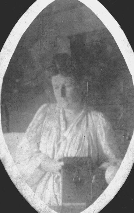 Неизвестная женщина, ок.1900.