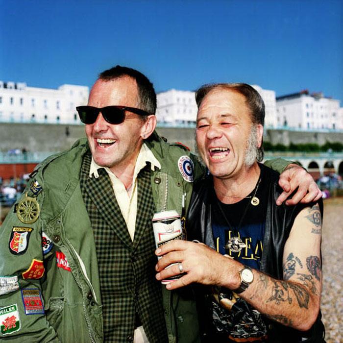 Моды Рой Кук и Стив Говард на Брайтон Бич.