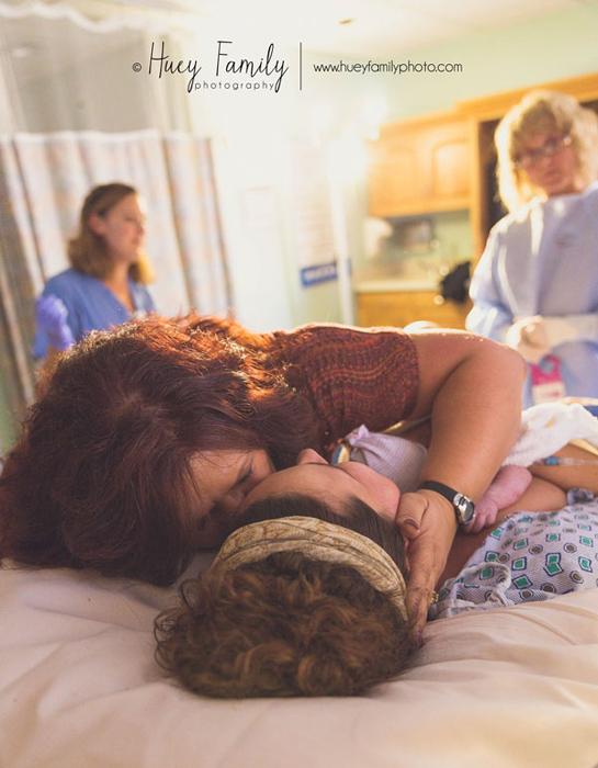 Во время родов. Фото: Vanessa Huey.