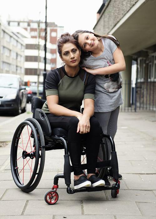 Ники со своей дочерью Элеанор.