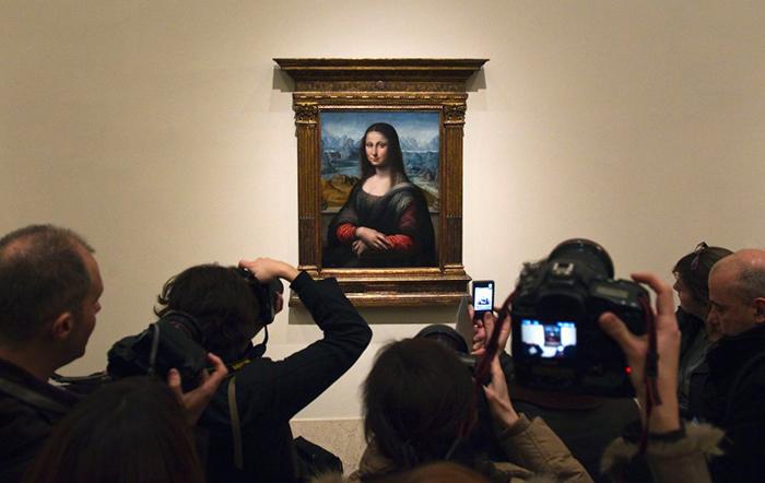 Теперь копия Моны Лизы является одним из центральных экспонатов музея Прадо.