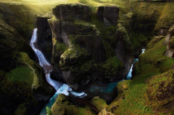 Водопад и река Фьядра.