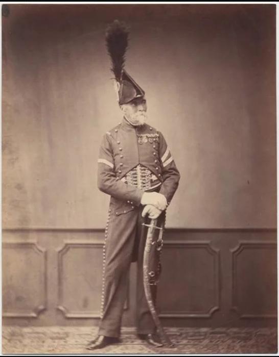 Месье Дупон, фурье первого гусарского полка. Фото: Brown University Library.