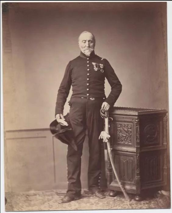 Месье Лориа, стрелок кавалерийского полка легиона чести. Фото: Brown University Library.