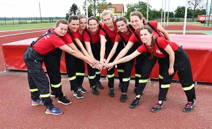Местная бригада волонтеров пожарного департамента.