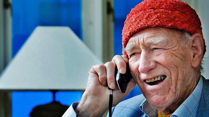 Даже в 94 года Олаф работает шесть дней в неделю.