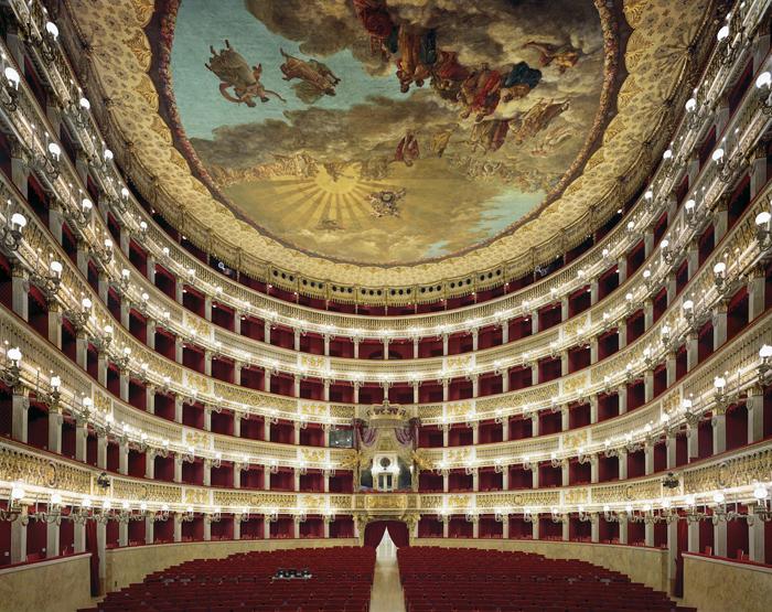 Театр Сан-Карло, Неаполь, Италия.