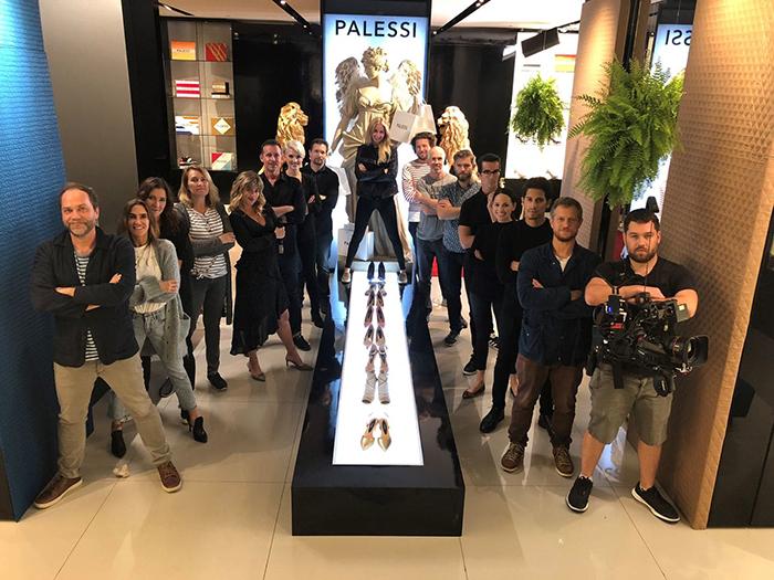 Payless временно преобразились в *люксовый бренд* Palessi.
