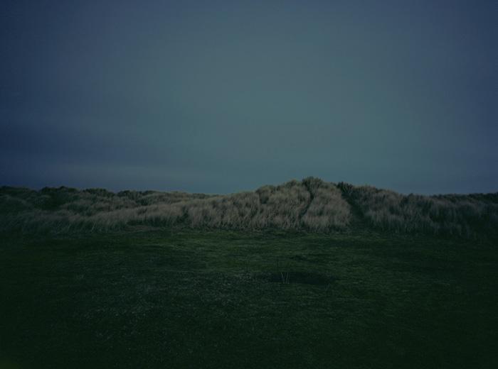 Безлюдные пейзажи посреди ночи.
