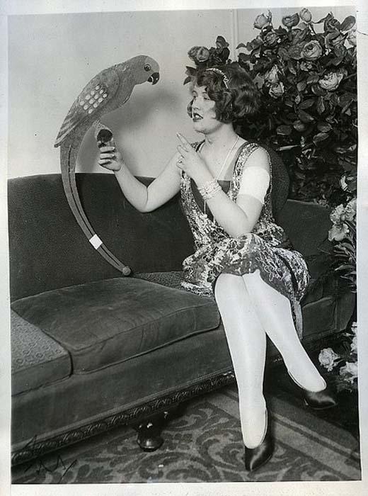 Разъехавшись со своим мужем, Пичес сфокусировалась на своей карьере актрисы водевиля.