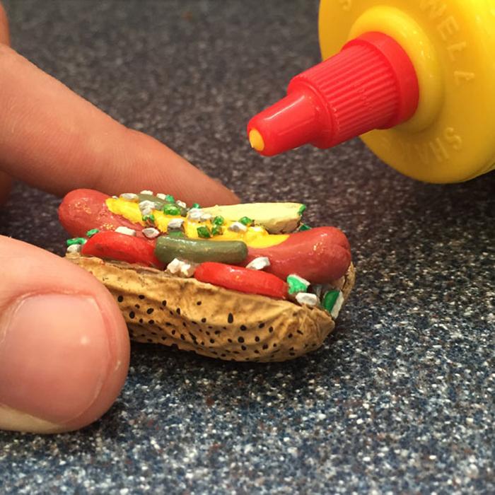Хот-дог с арахисом. Автор: Steve Casino.