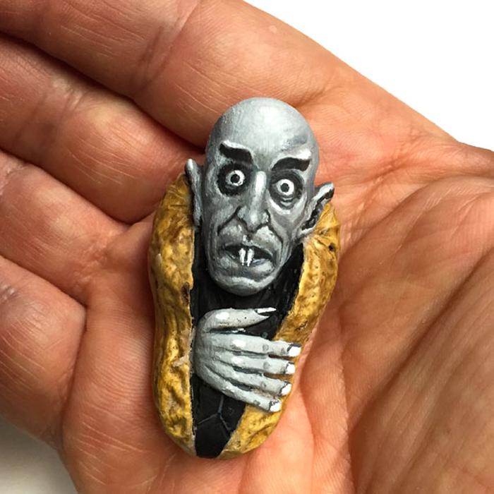 Носферату из глубин арахиса. Автор: Steve Casino.