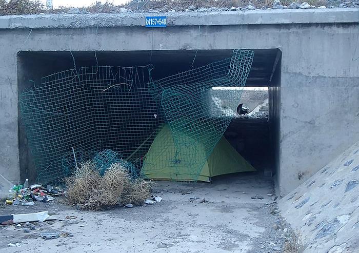 Ночевка в туннеле. Китай.
