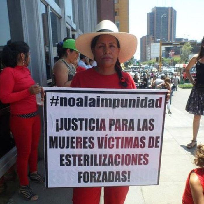 Протестные акции – женщины призывают наказать виновных в принудительной стерилизации.