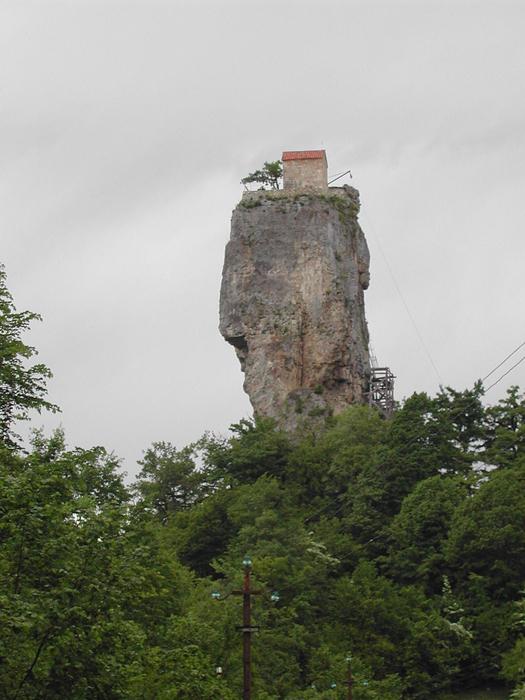 Кацхийский Столп в Грузии.