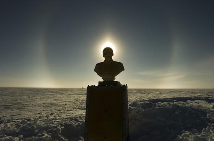 Ленин в Антарктике.