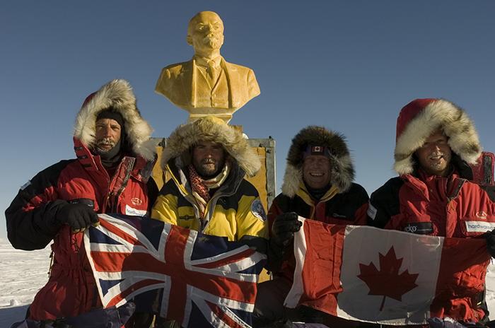 Британцы и канадцы в Антарктике.