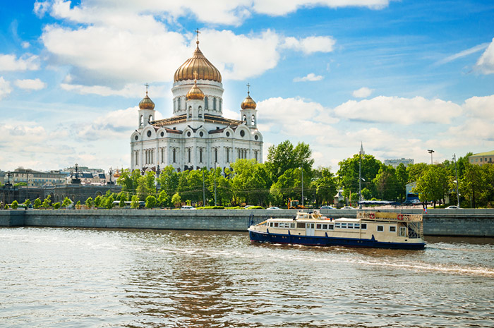 Храм в центре Москвы.