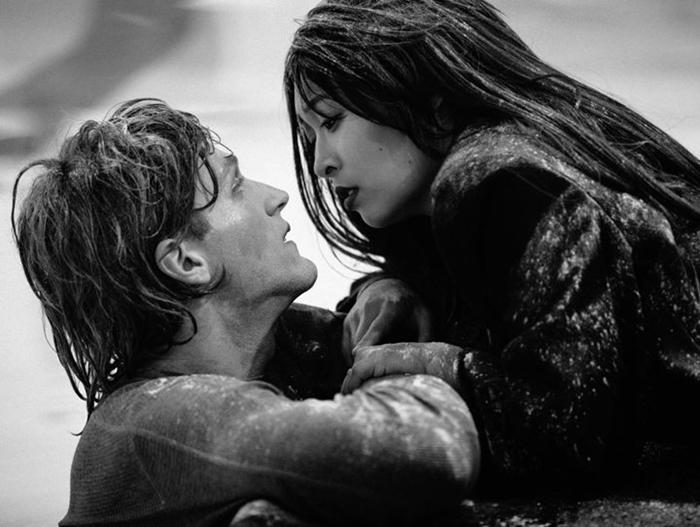 Джек и Рози из *Титаника.*