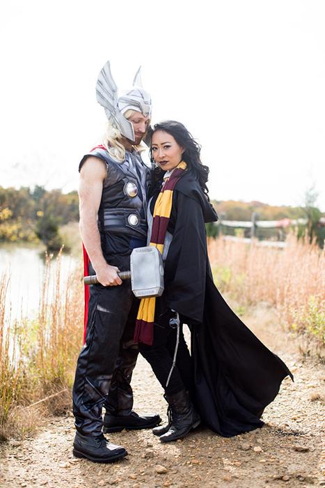 Тор и Гарри Поттер, два совершенно несвязанных героя, но которые больше всего нравятся парочке.