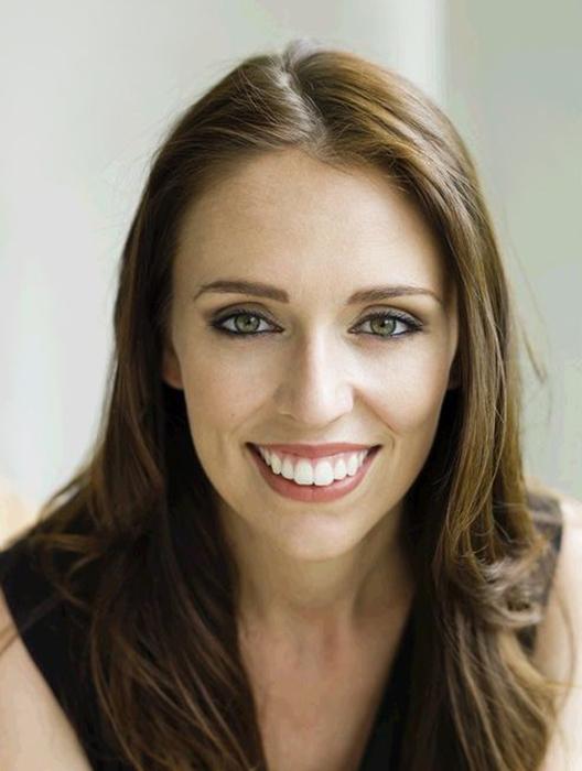 Джасинда Ардерн стала мамой, занимая в это время пост главы правительства Новой Зеландии.