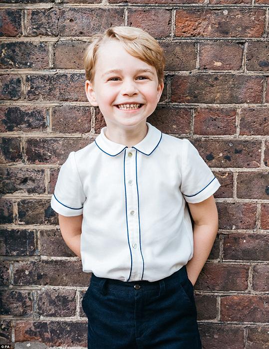 Официальная фотография принца Джорджа в честь его пятилетия. Фото: Matt Porteous.