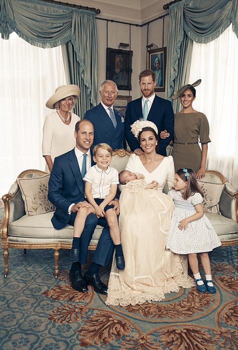 Семейный портрет в день крещения принца Луи. Фото: Matt Porteous.