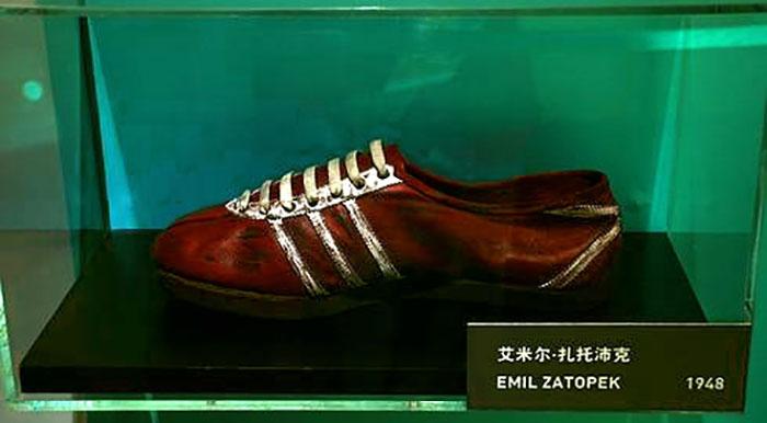 Беговые бутсы Ðмиля Затопека. Adidas, 1948 год.
