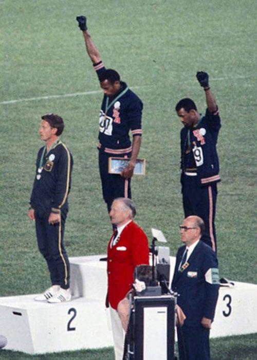 Puma спонсировала золотого медалистов леÑ'Ð½Ð¸Ñ ÐžÐ»Ð¸Ð¼Ð¿Ð¸Ð¹ÑÐºÐ¸Ñ Ð¸Ð³Ñ€ 1968 года.